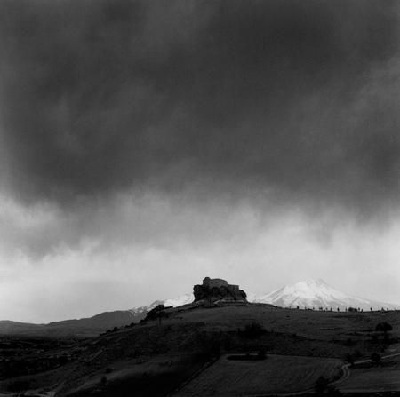 yuksek-kilise-heavy-clouds001-600px-light
