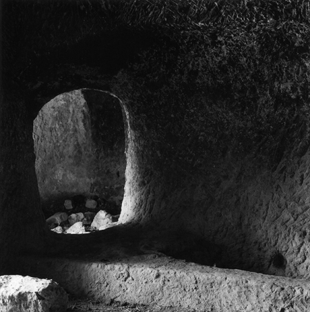 tomb-erdemli001-600px